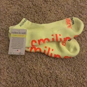 Note to self socks - yellow - I am smiling (L)